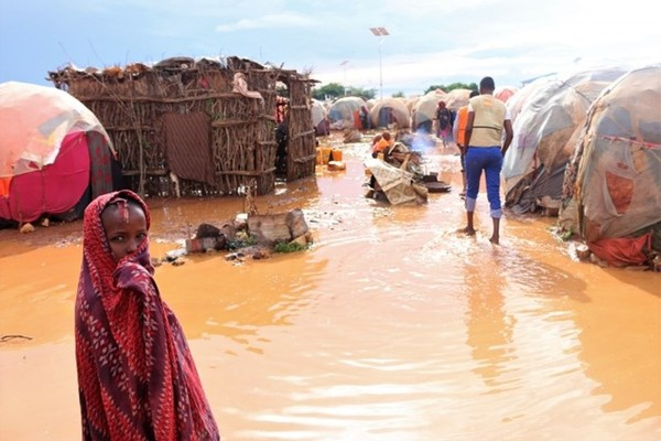 Over 270,000 people displaced in Somalia floods: UN